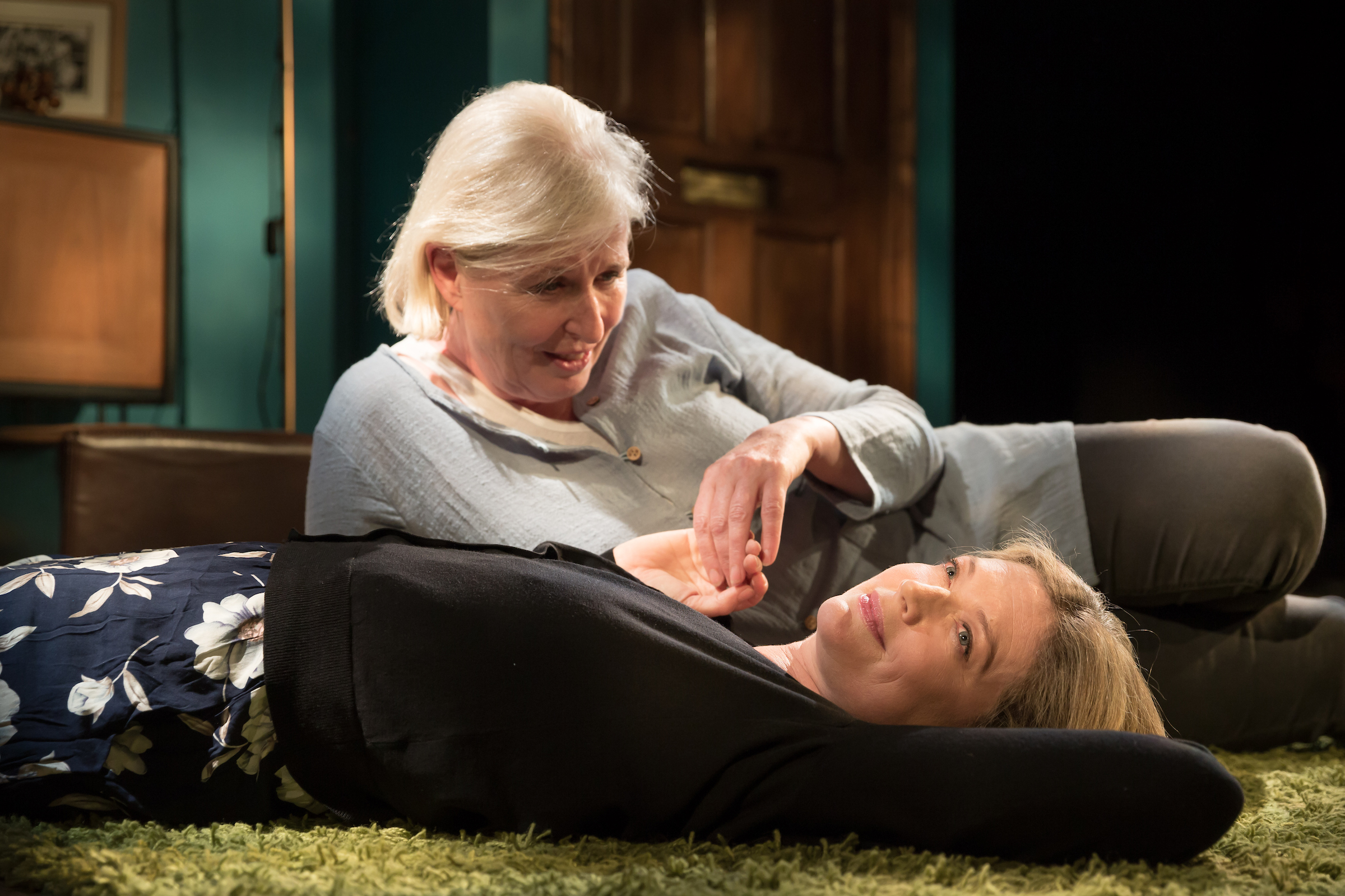 Sophie Ward and Jacqueline King in Dark Sublime